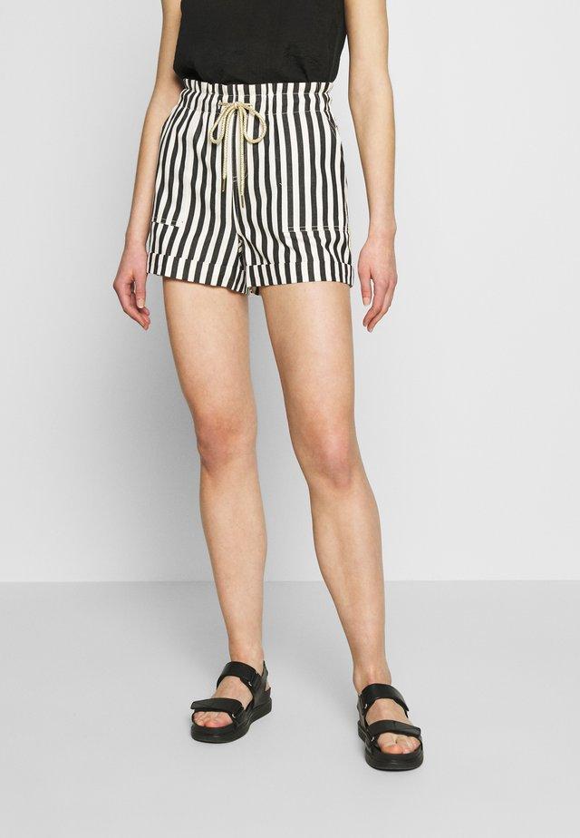 CABANA - Shorts - vanilla