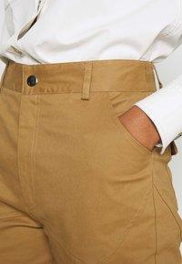 Tiger Mist - SERGE PANT - Kalhoty - tan - 4