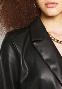 Gina Tricot - VAL BLAZER DRESS - Košilové šaty - black - 4