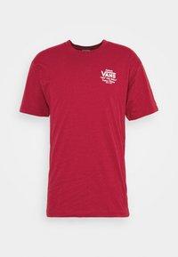 Vans - HOLDER CLASSIC - Print T-shirt - cardinal - 4