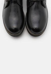 Tamaris - BOOTS - Snørestøvletter - black - 5