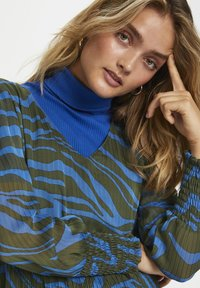 Denim Hunter - Day dress - blue zebra print - 4