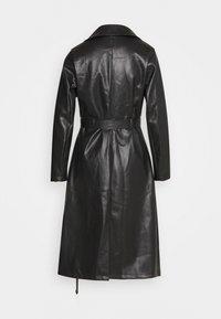 Missguided Petite - Trenchcoat - black - 1