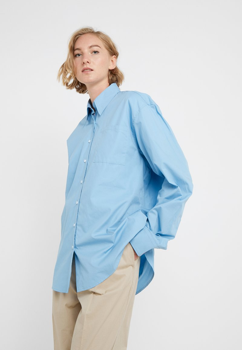 Rika - BLAZE  - Button-down blouse - ocean blue