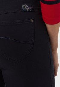 BRAX - STYLE LAVINA - Trousers - dark blue - 3