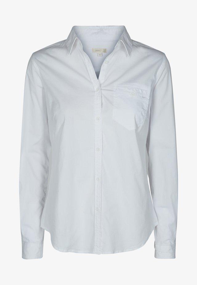 GENNY - Skjortebluser - white
