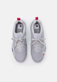 Champion - LOW CUT SHOE LANDER CAGE - Chaussures d'entraînement et de fitness - grey - 3
