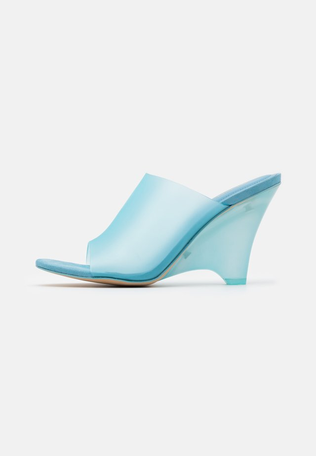 Sandalias - light blue