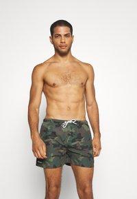 Ellesse - RUAZ - Swimming shorts - green - 0