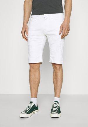 COMMERCIAL KEN HOLES - Denim shorts - offwhite