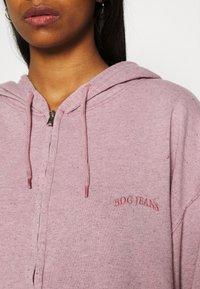 BDG Urban Outfitters - ZIP THROUGH HOODIE - Zip-up sweatshirt - bubble gum - 6