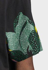 adidas Originals - HER STUDIO LONDON LOOSE T-SHIRT - T-shirt print - black - 12