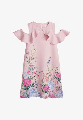 BERRY FLORAL PONTE  - Denní šaty - light pink