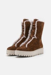 Kennel + Schmenger - HIKE - Platform ankle boots - castoro - 2