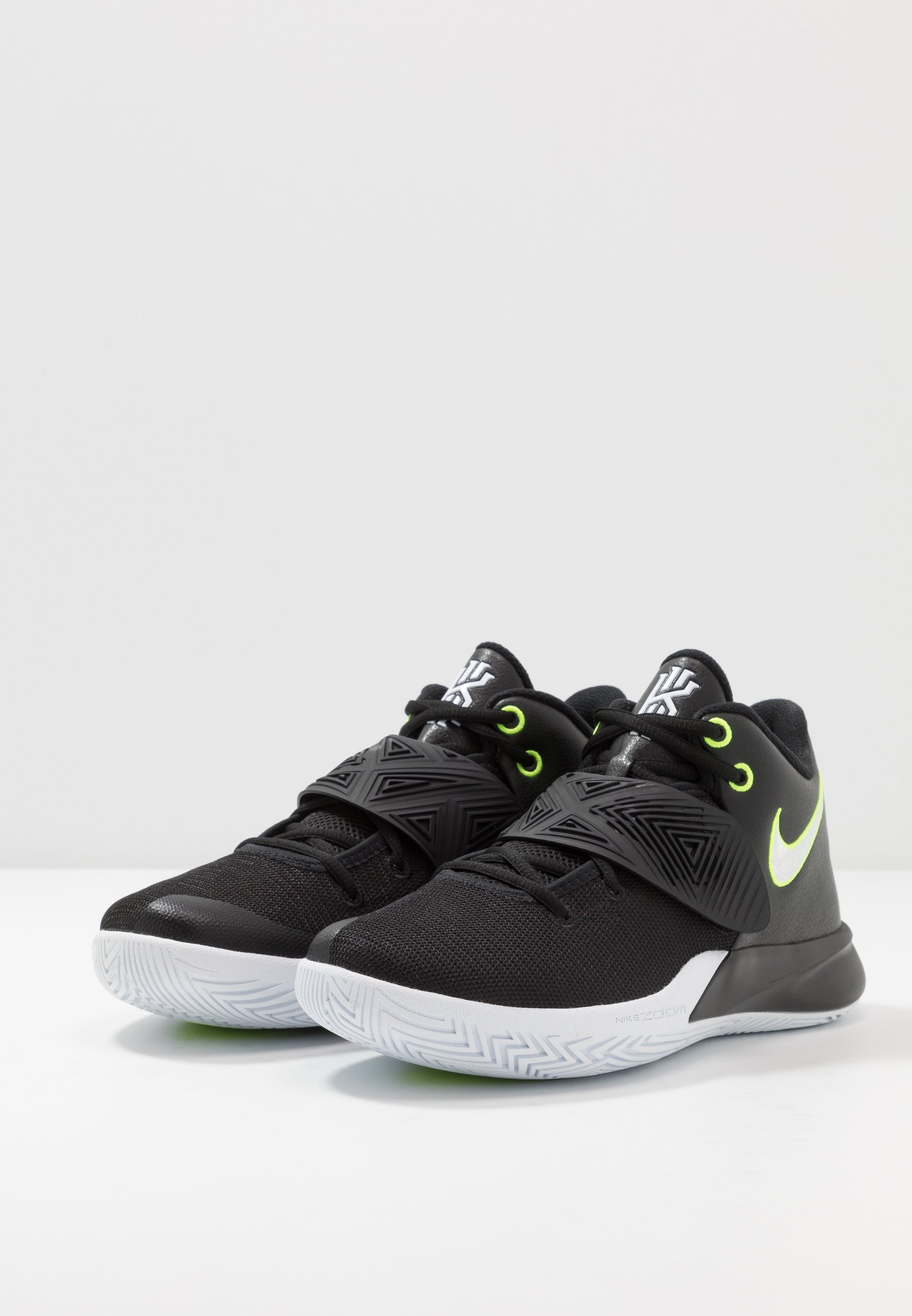 Nike Performance KYRIE FLYTRAP III Basketballsko black
