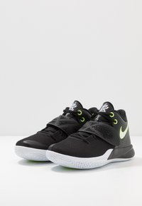 Nike Performance - KYRIE FLYTRAP III - Basketbalové boty - black/white/volt - 2