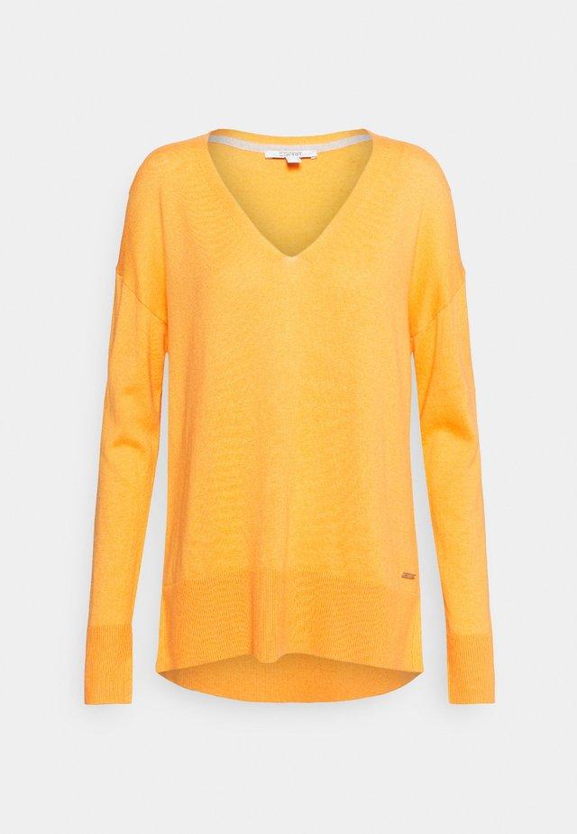 VNECK  - Jumper - golden orange