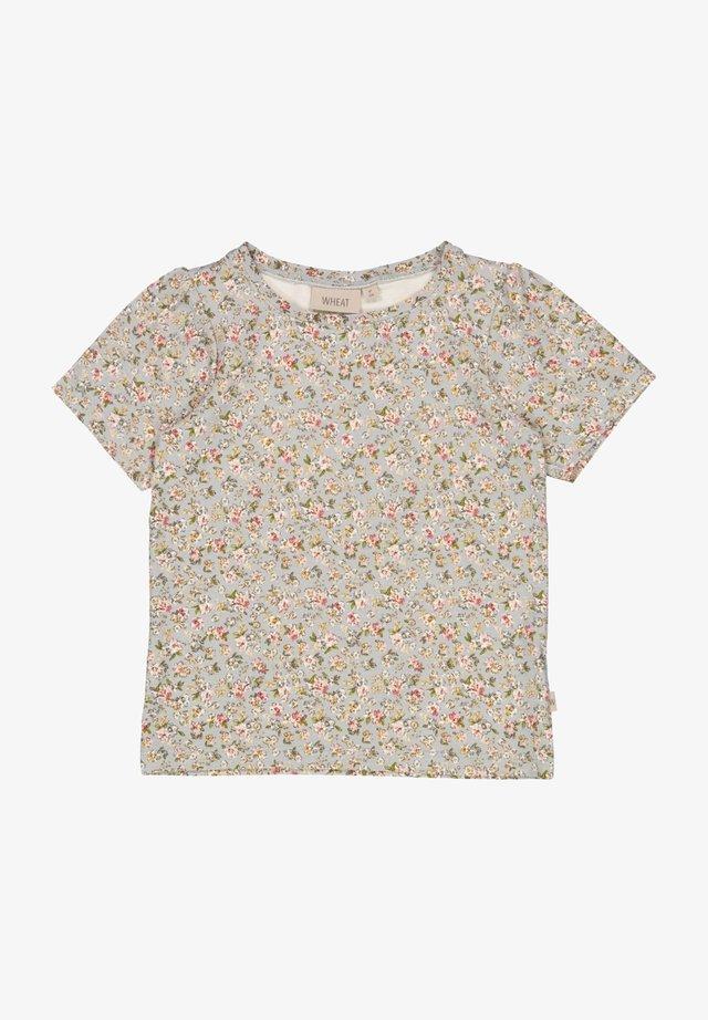 T-shirt print - dusty dove flowers