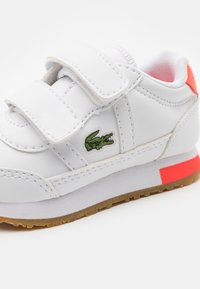 Lacoste - PARTNER UNISEX - Trainers - white/pink - 5