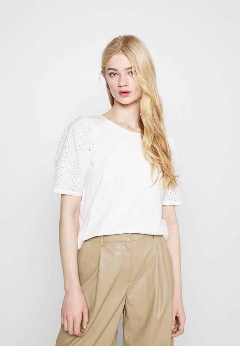 ICHI - IHJASMIRA - Print T-shirt - cloud dancer