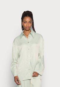 EDITED - OAKLYN BLOUSE - Button-down blouse - desert sage green - 0