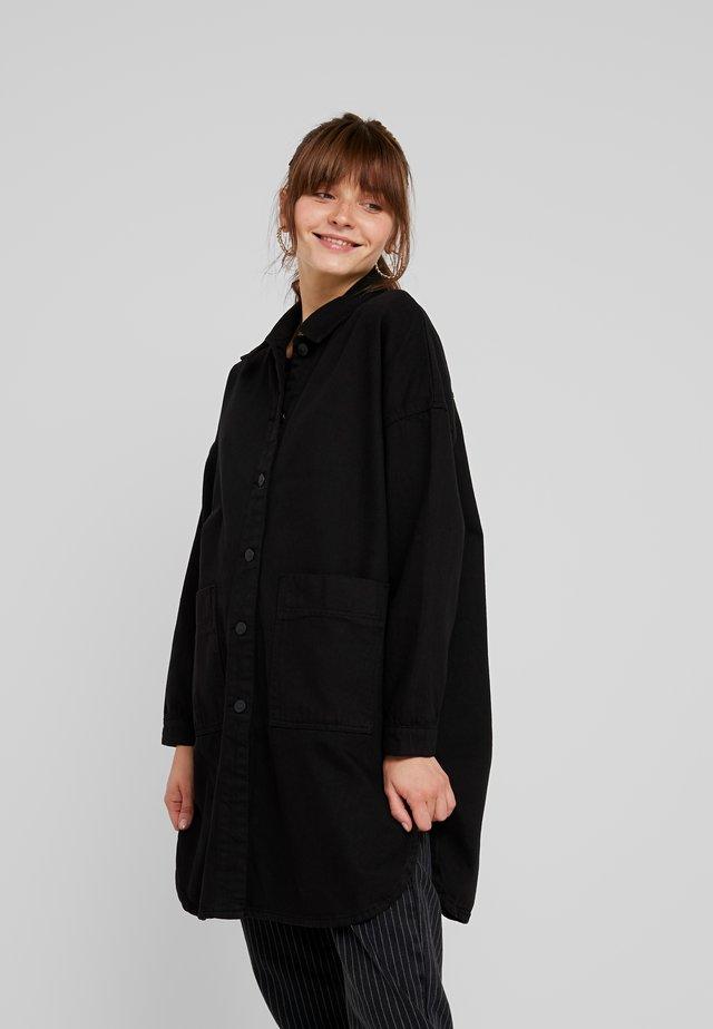 SOHO JACKET - Halflange jas - black