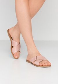 Pieces - PSNEA  - Chaussons - misty rose - 0