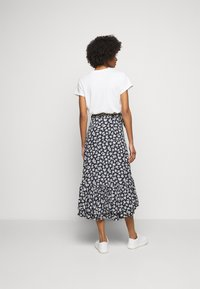 Polo Ralph Lauren - Zavinovací sukně - navy/cream - 2
