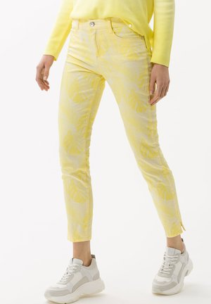 STYLE SHAKIRA S - Slim fit jeans - clean yellow
