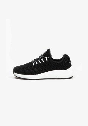 SPEED SOCKS 2.0 - SNEAKER LOW - Sneakers laag - blk/wht