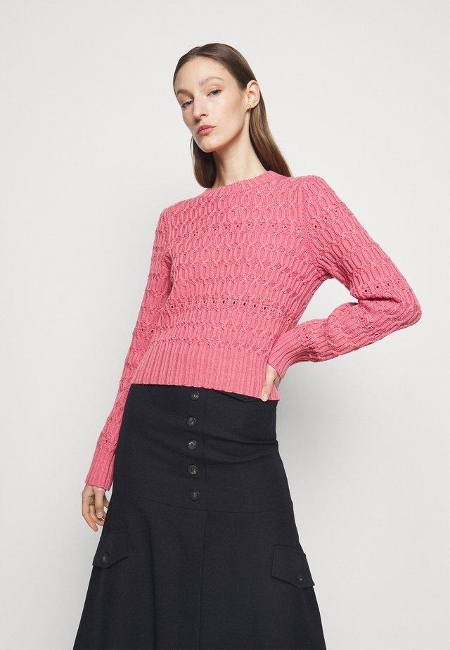 CROPPED CREW NECK JUMPER - Strikkegenser - pink melange