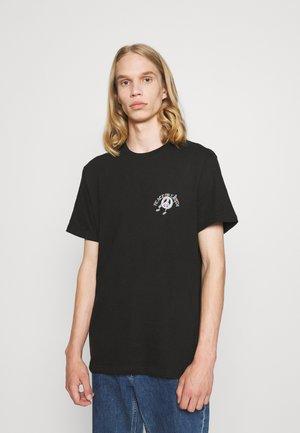 ART COLLAB - Print T-shirt - black