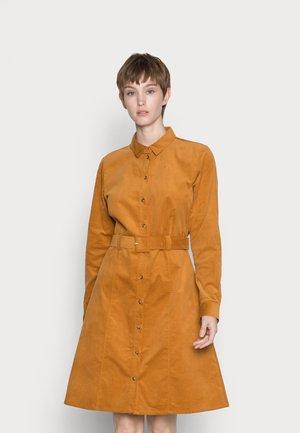 NUMAURYA DRESS - Shirt dress - cathay spice