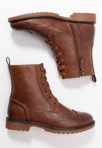 Anna Field - Šněrovací kotníkové boty - cognac - 3