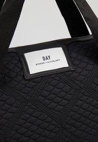 DAY Birger et Mikkelsen - GWENETH TOPAZ CROSS - Shoppingveske - black - 6