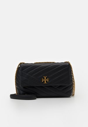 KIRA CHEVRON SMALL CONVERTIBLE SHOULDER BAG - Sac bandoulière - black