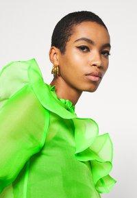 Who What Wear - RUFFLE YOKE - Blouse - jasmine green - 3