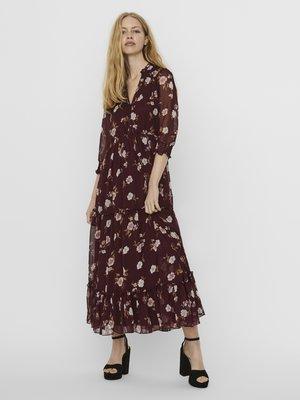 VMTALLIE FLOUNCE  - Maxi dress - red