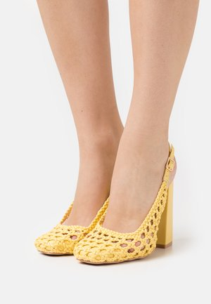 RHEETA - Klassiske pumps - yellow