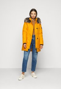 ONLY Petite - ONLIRIS - Parka - golden yellow - 1