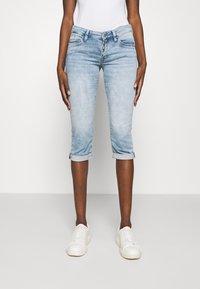 Mavi - ALMA - Denim shorts - light blue denim - 0
