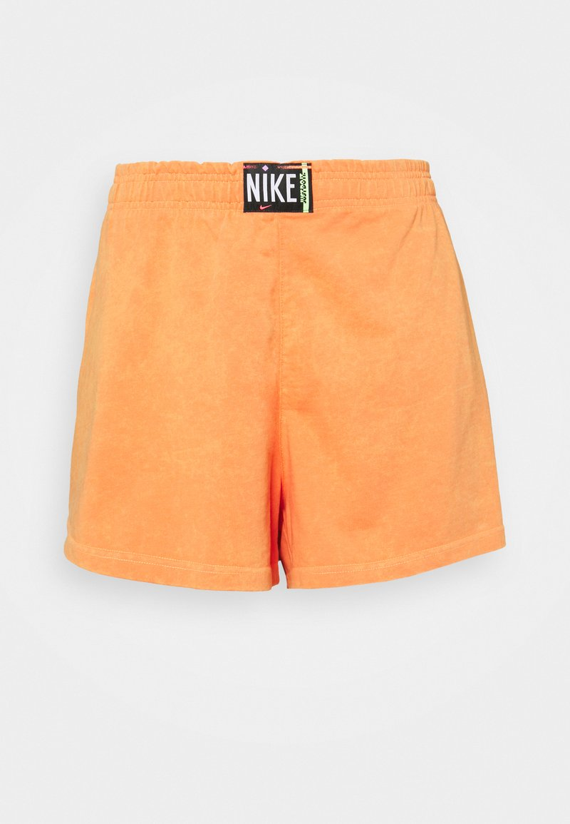 Nike Sportswear - WASH - Shorts - atomic orange/black