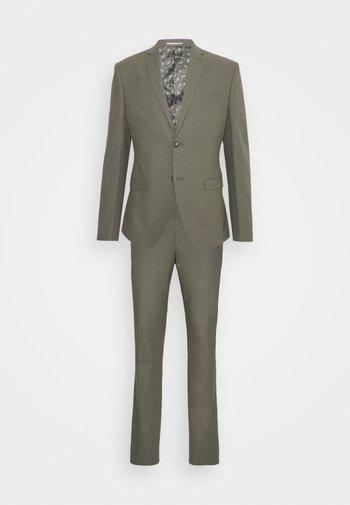 THE FASHION SUIT NOTCH - Suit - green