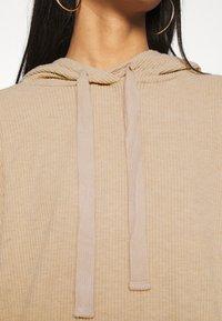 ONLY - ONLZOE DRESS - Vapaa-ajan mekko - beige - 5