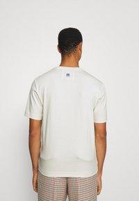 BOSS - BOSS X RUSSELL ATHLETIC - T-Shirt print - open white - 2