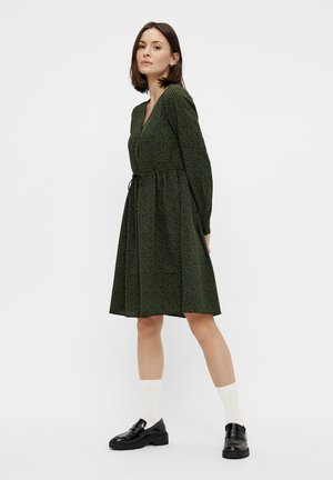 Sukienka koszulowa - duffel bag