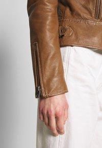 Oakwood - ADELE - Leather jacket - cognac - 5