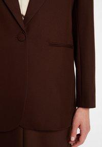 IVY & OAK - Blazer - dark chocolate - 4
