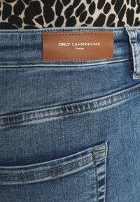 ONLY Carmakoma - CARWILLY  LIFE  - Jeans Skinny Fit - light-blue denim - 4