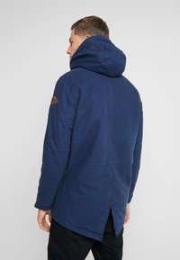 Produkt - PKTAKM PARKA TEDDY JACKET - Parka - dress blues - 2